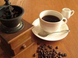 コーヒーで胃もたれ‼原因と応急処置は?